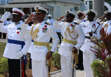Defence Force Joins in Remembrance Day Celebrations