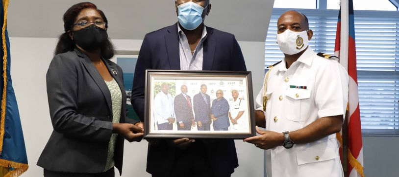 Commander Defence Force recognizes Past RBDF Commodores