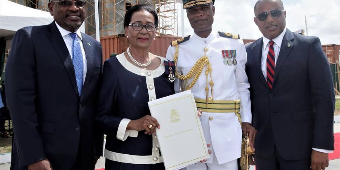 Commodore Tellis Bethel, Commander Defence Force received his Instrument of Authority earlier today, which was presented by Her Excellency Dame Marguerite Pindling. The Prime Minister, Dr. the Honourable Hubert Minnis and Minister of National Security, the Hon. Marvin Dames were also in attendance at the ceremony.