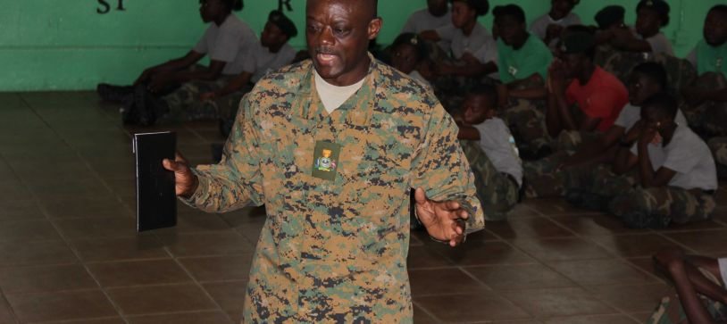 RBDF Warrant Officer speaks to Defence Force Rangers
