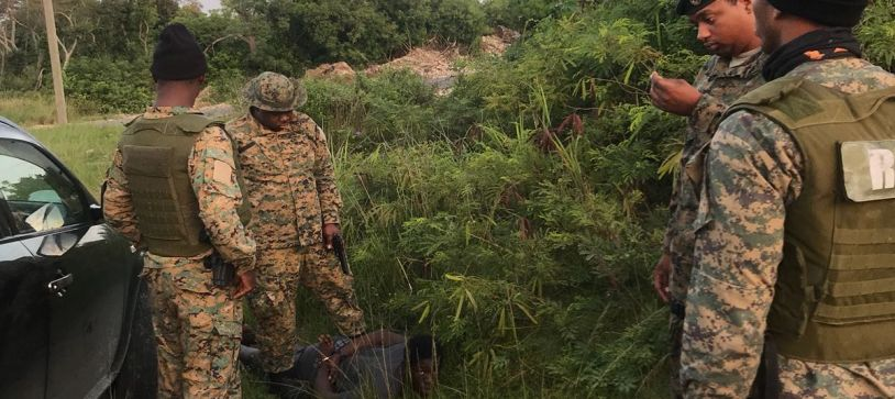 Commando Squadron Marines Apprehends Robber