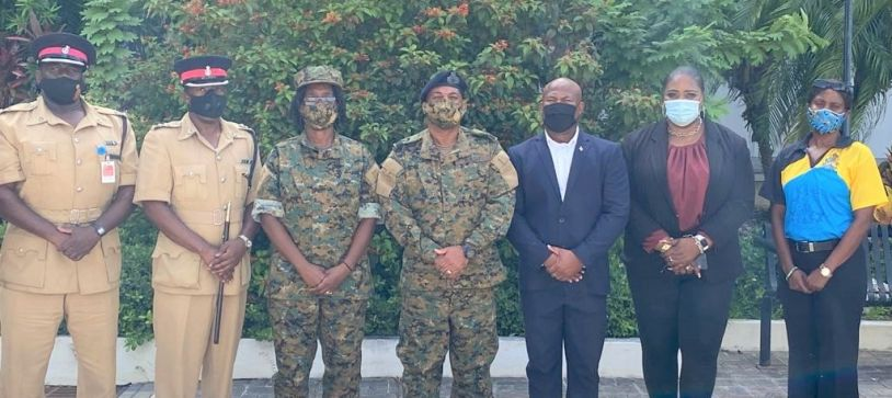Commander Defence Force visits Troop in Northern Command