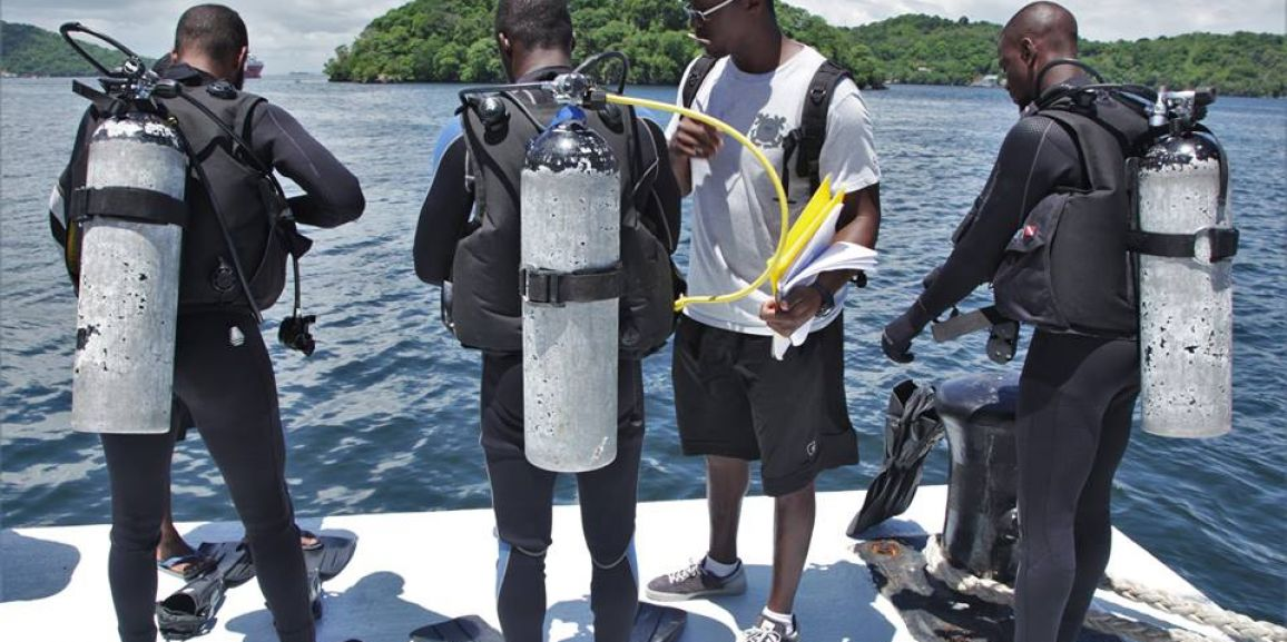 DEFENCE FORCE MARINES BECOME CERTIFIED SEARCH & RECOVERY DIVERS